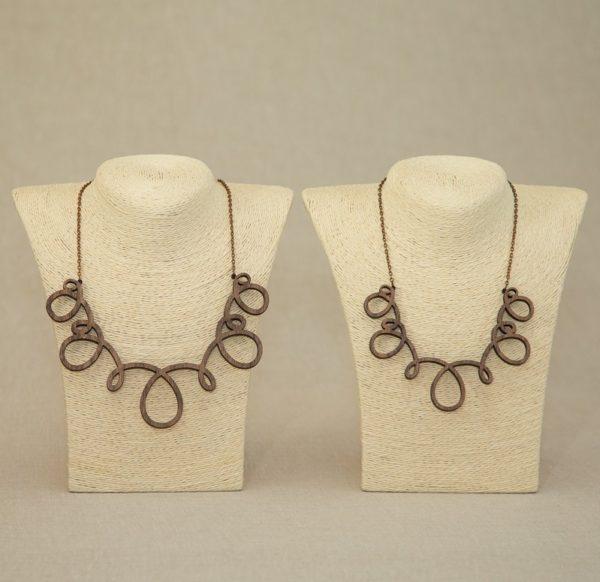 lesena-ogrlica-spline1
