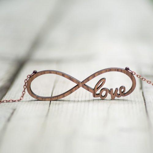 necklace-linfinity-love1-500×500