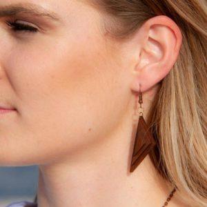 Viseči leseni uhani